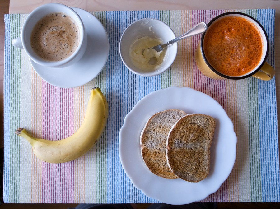 Breakfast: Image by Taidoh, CC https://www.flickr.com/photos/taidoh/